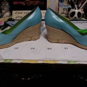 Lilly Pulitzer size 9.5 Blue wedge shoes